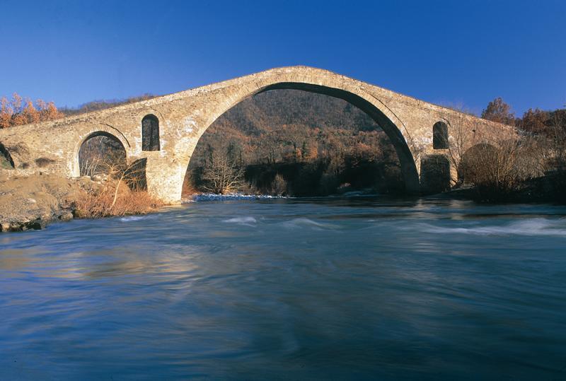 Πέτρινο γεφύρι Αζίζ Αγά