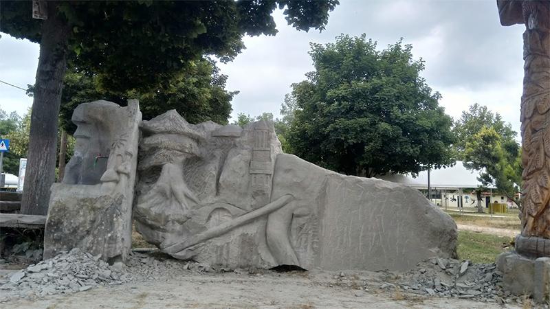 Γλυπτό στο Πάρκο Μανιταριών στα Γρεβενά, όπου πραγματοποιείται η Γιορτή Μανιταριού