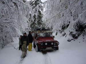 Διαδρομή με 4x4 μέσα σε μαγευτικά χιονισμένα τοπία