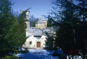Το Μοναστήρι της Παναγίας στο Σπήλαιο