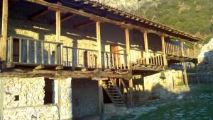 Το εσωτερικό του μοναστηριού